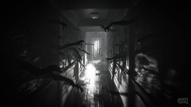 playing scary horror games